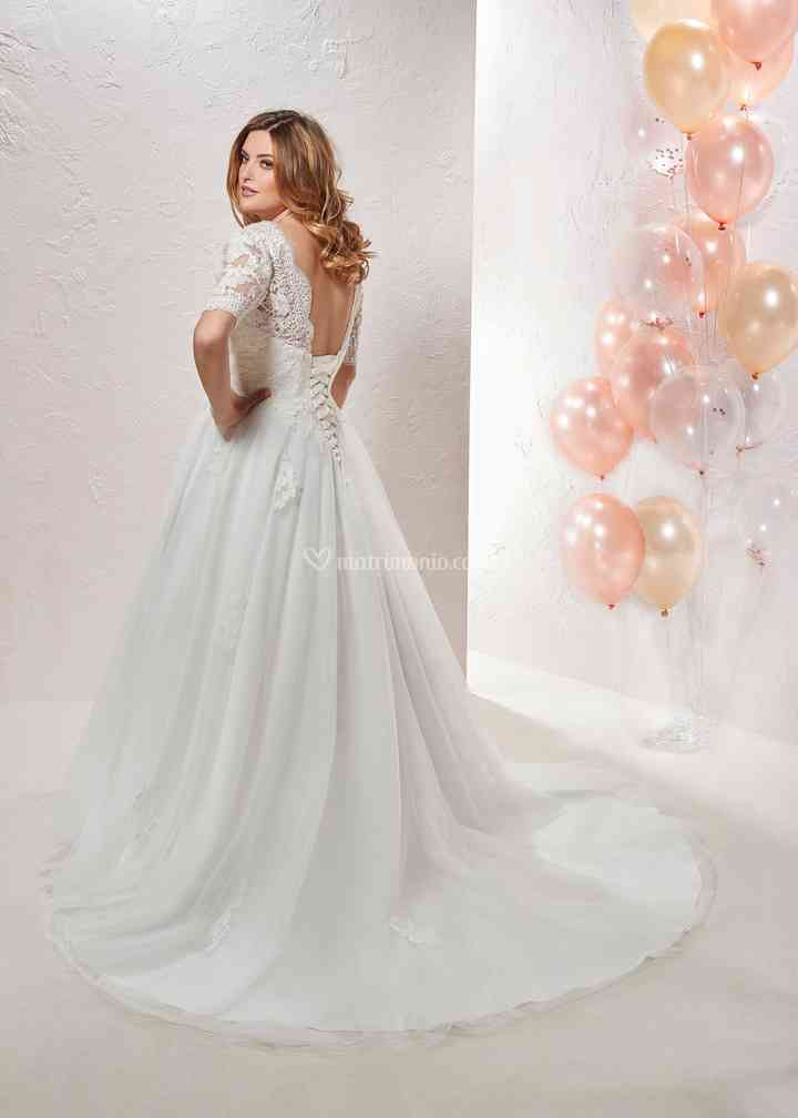 CU 208-16, Curvy By The Sposa Group Italia
