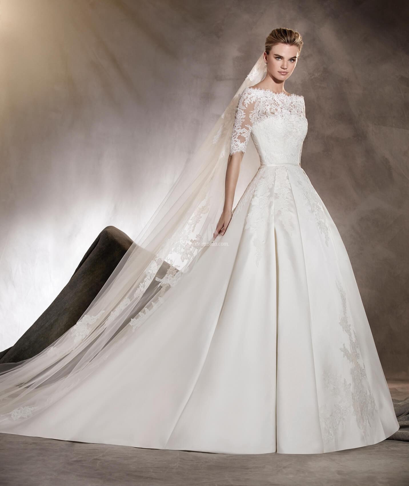 17a0bb355f8d Abiti da Sposa di Pronovias - ALBASARI - Matrimonio.com