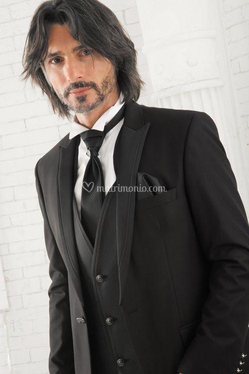 10153 black, Emanuele Valenti