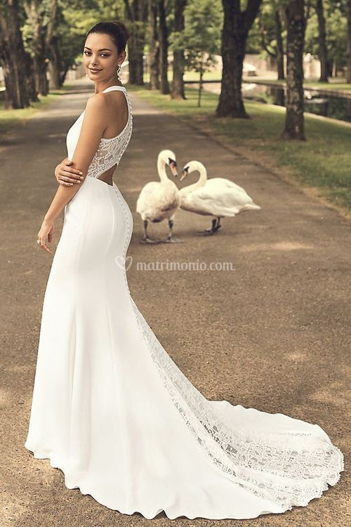 WG3989, David's Bridal