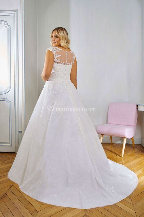 218-03, Curvy By The Sposa Group Italia