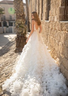 Miracle, Dovita Bridal