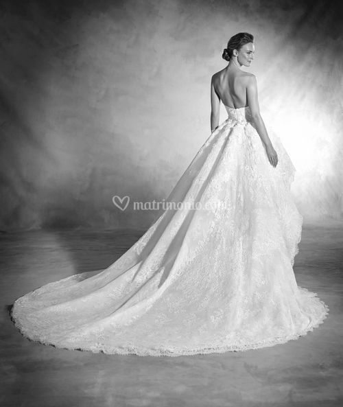 NANCY, Atelier Pronovias