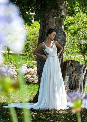 SOFIA, Atlahua Sposa