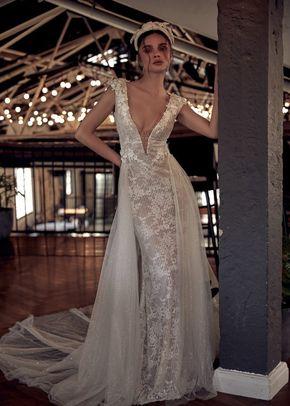 2003, Julie Vino