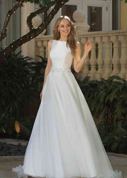 44083, Sincerity Bridal