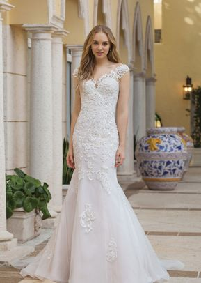 3935, Sincerity Bridal