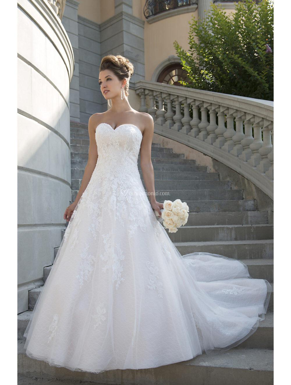Abiti da Sposa di Venus Bridal - Matrimonio.com 6baa8d3d6aa