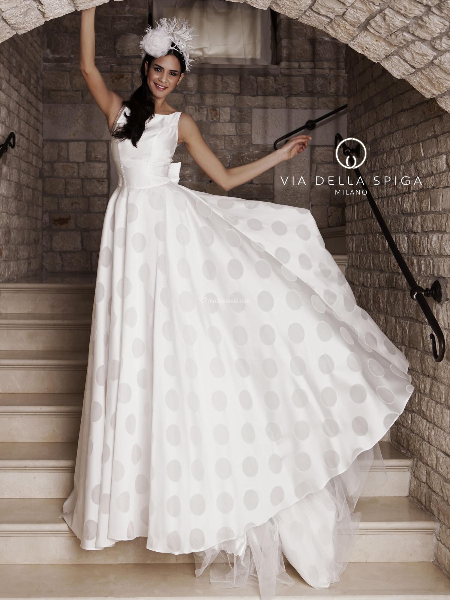 Matrimonio Bohemian Napoli : Bohemian glamour abiti da sposa via della spiga milano
