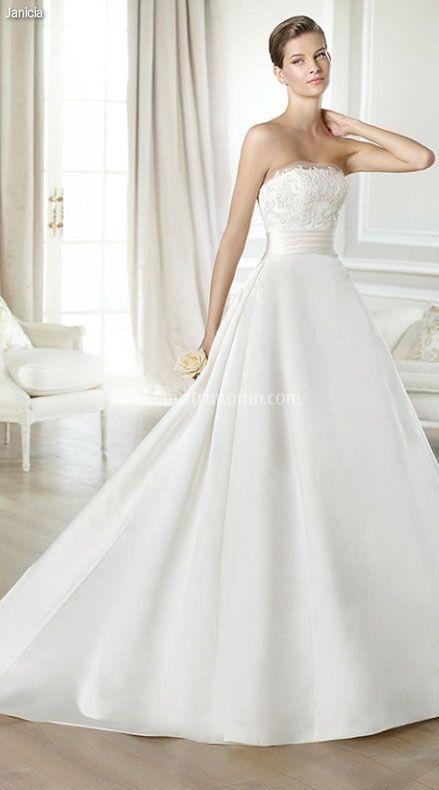 Janicia - Abiti da Sposa - White One - Matrimonio.com
