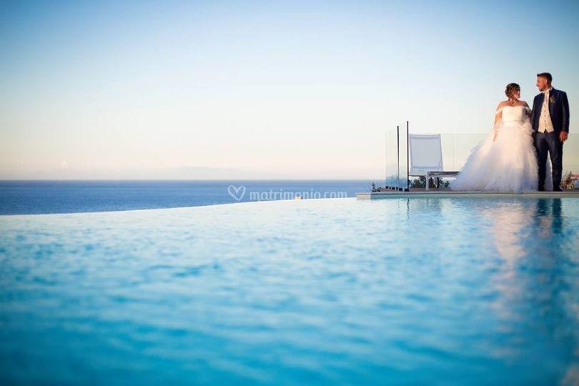 Sposini bordo piscina