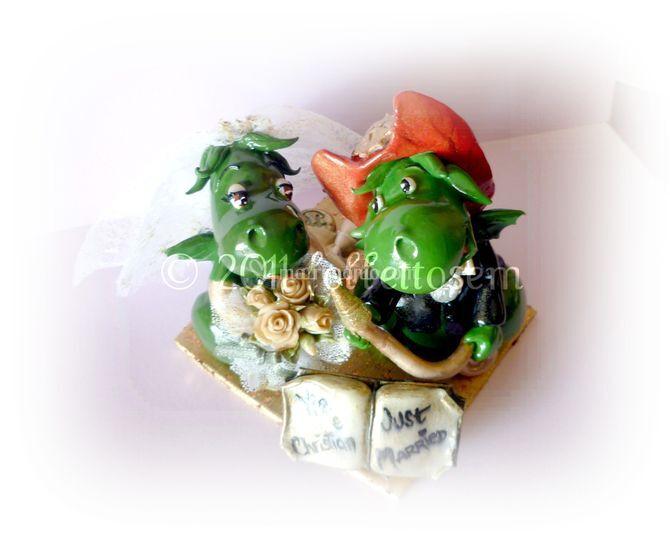 Simpaticissimo cake topper personalizzato: Grisù,il draghetto pompiere!