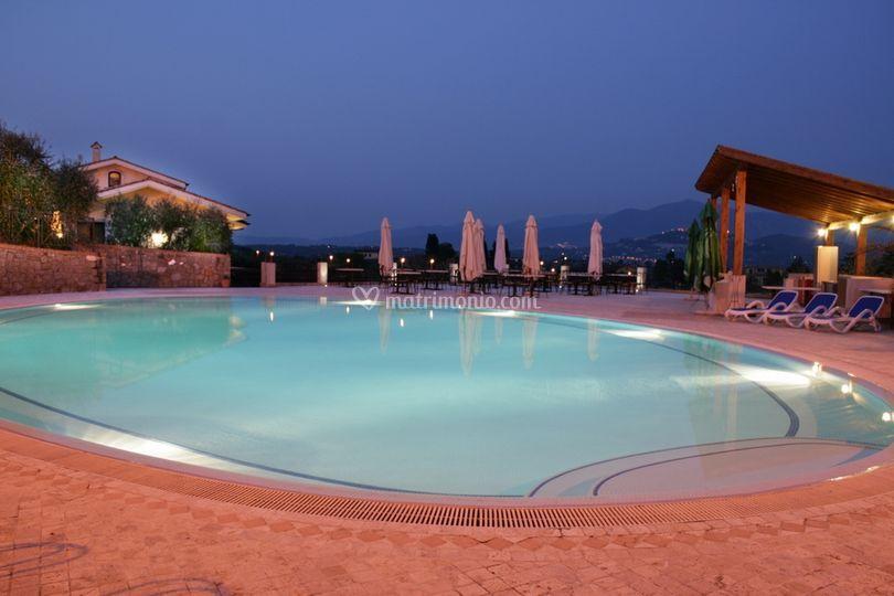 Villa il rubicante for Addobbi piscina