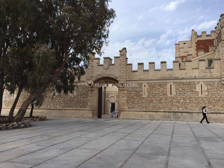 Piazzale ingresso