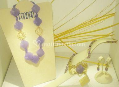 Collezione in oro con agata lilla