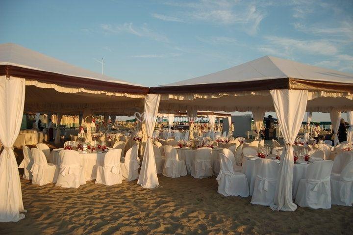 Matrimonio Spiaggia Eventi : Ristorante moi