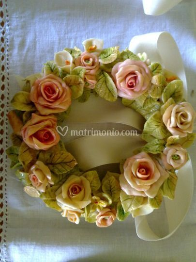 Ghirlanda in pasta di ceramica