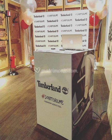 Social live printer timberland