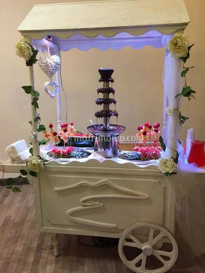Carretto fontana di cioccolata