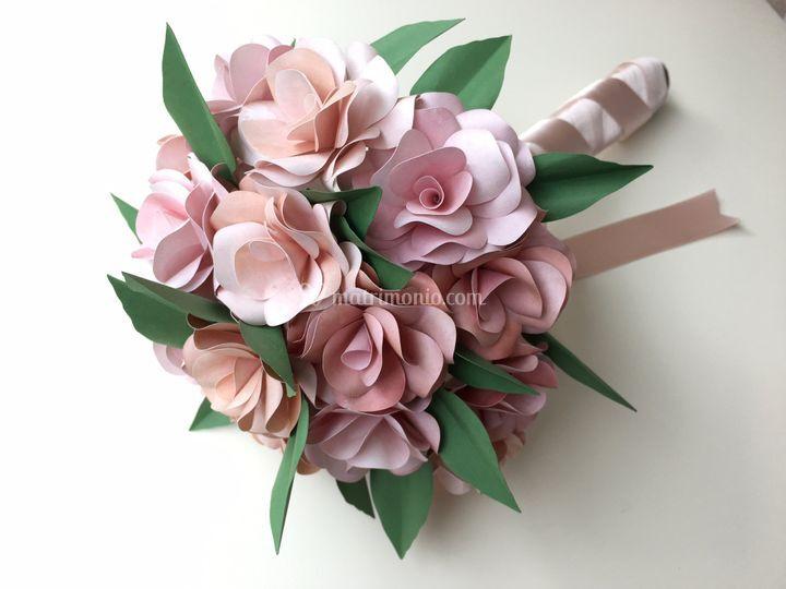Bouquet in carta rose