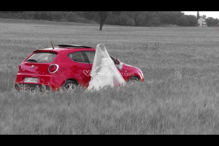 Sposa con auto