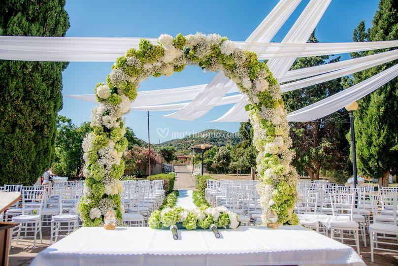 Arco Bianco di Floricoltura Loi