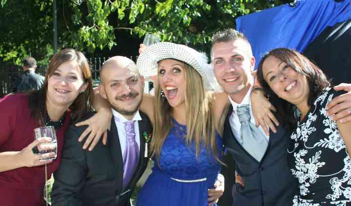Sposi e amici