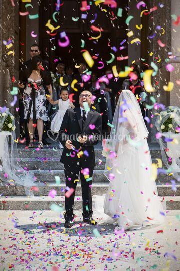 Uscita, gioia degli sposi
