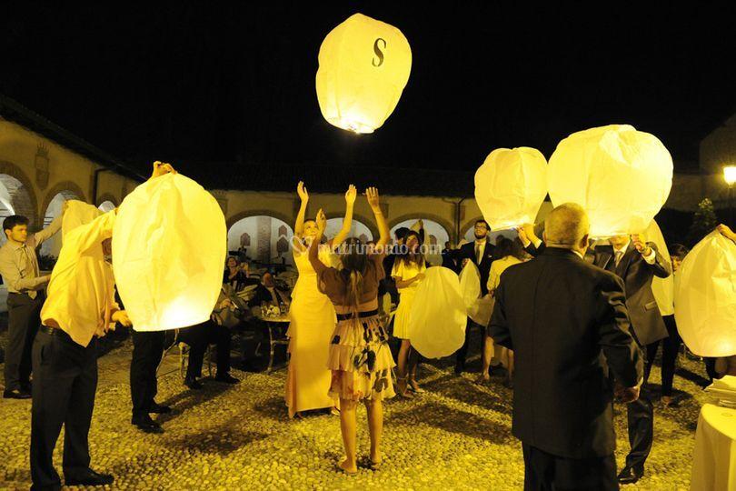 Le lanterne trasportano sogni