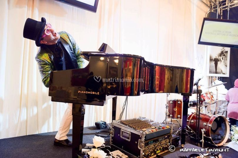 Luigi Delpanno al pianoforte