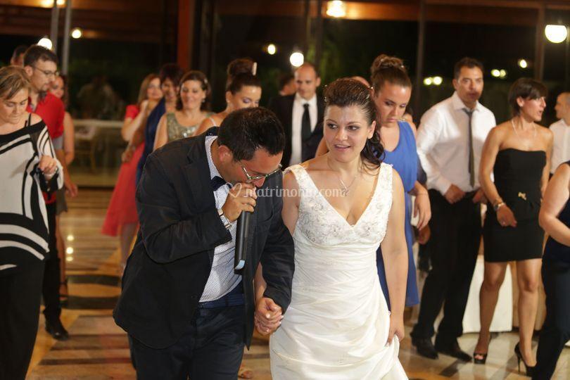 La zitella con la sposa
