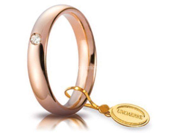 Fede in oro rosa con diamanti