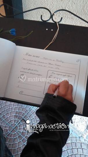 Guest book interno