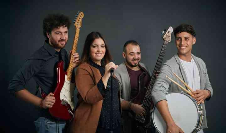 Shalom Band