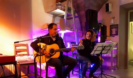 Luli Tunes Acoustic Duo 1