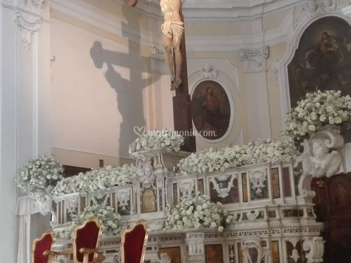 Altare chiesa Gesu' e Maria