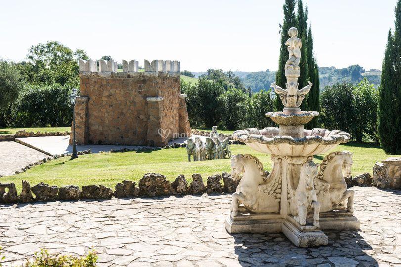 Fontana e torre