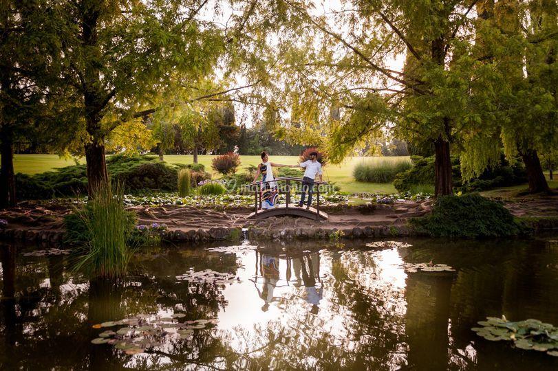Foto di coppia nel parco