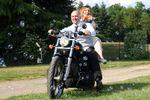 Ingresso degli sposi in Harley