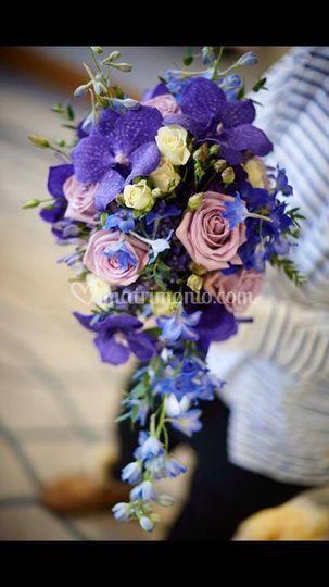 Bouquet a caduta con orchidee
