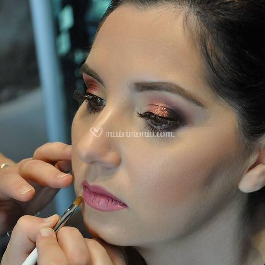 Make up damigella