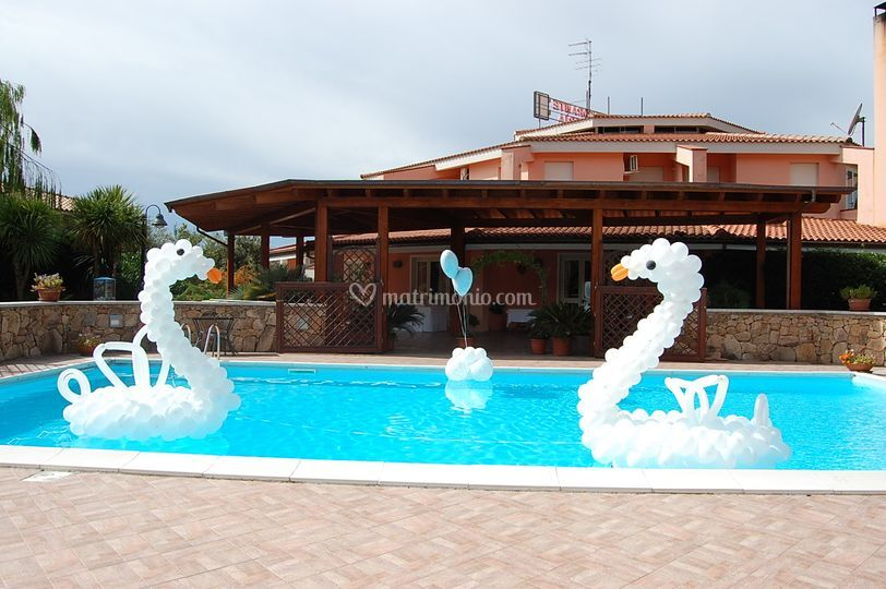 Idee e decori for Idee per party in piscina