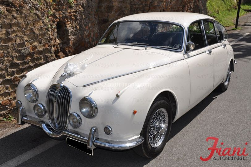 Jaguar mk2 (interni in pelle neri)