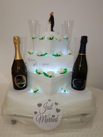 Torta luminosa porta champagne