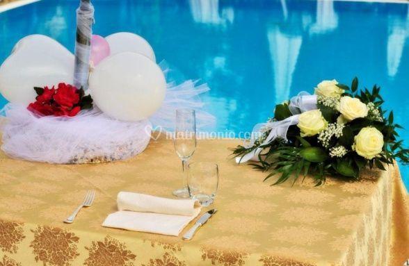 Tavolo nuziale piscina