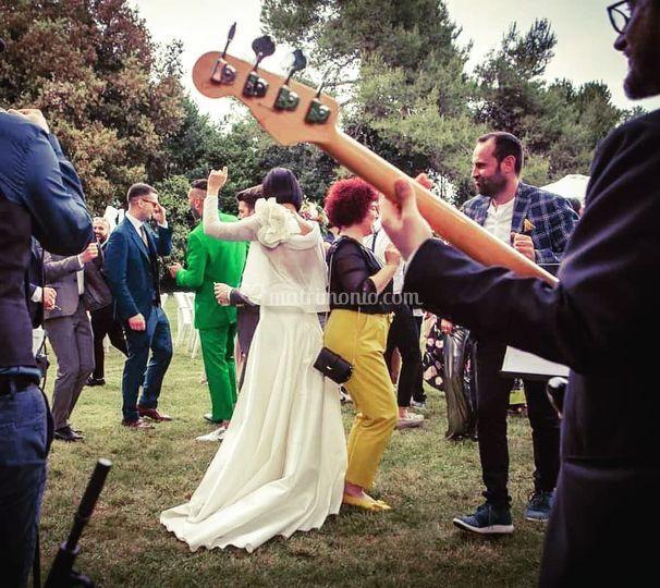 Dancin' bride!