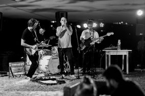 Fenek Band