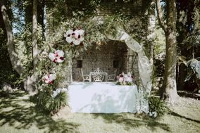 Treehouse wedding & flowers