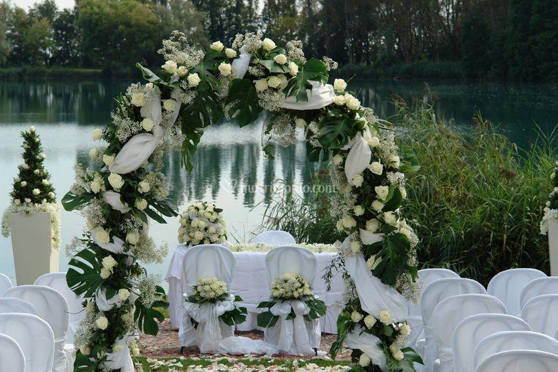 Matrimonio stile americano.... sul lago
