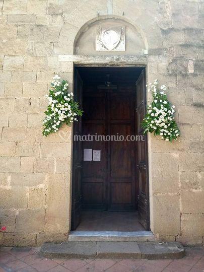 Decoro porta chiesa
